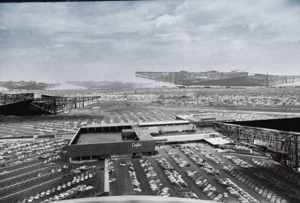 battle of the megastructures_1956_southdale new babylon